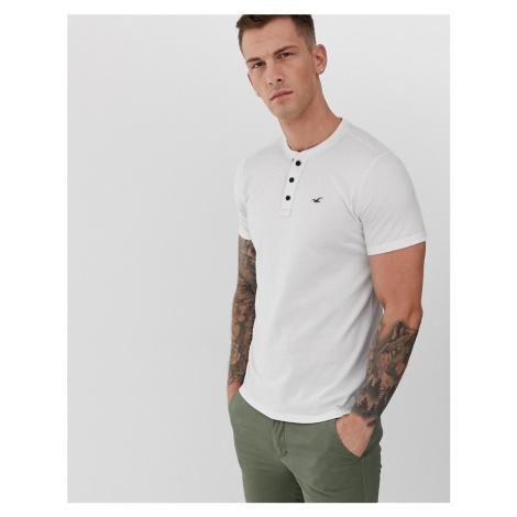 Hollister icon logo henley t-shirt in brilliant white