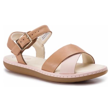 Sandały CLARKS - Skylark Pure K 261423016 Tan Combo Lea
