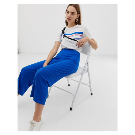 B.Young ribbed trousers