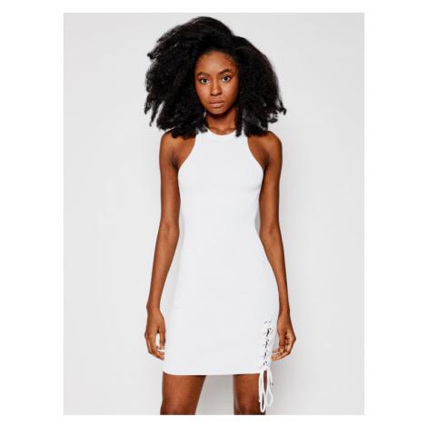 Guess Sukienka letnia W1GK90 Z2U00 Biały Slim Fit