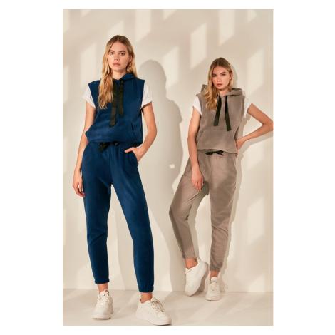 Women's sweatpants Trendyol Basic
