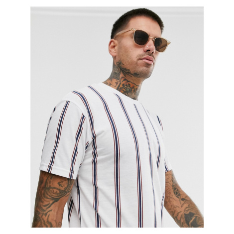 Pull&Bear t-shirt with vertical stripe in white Pull & Bear