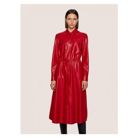 Boss Sukienka skórzana Daledy 50436335 Czerwony Regular Fit Hugo Boss