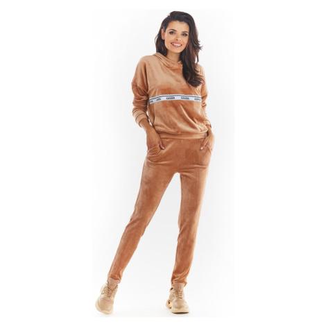 Spodnie dresowe damskie Awama A372