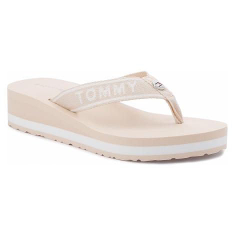 Japonki TOMMY HILFIGER - Branding Beach Sandal FW0FW02953 Tapioca 639