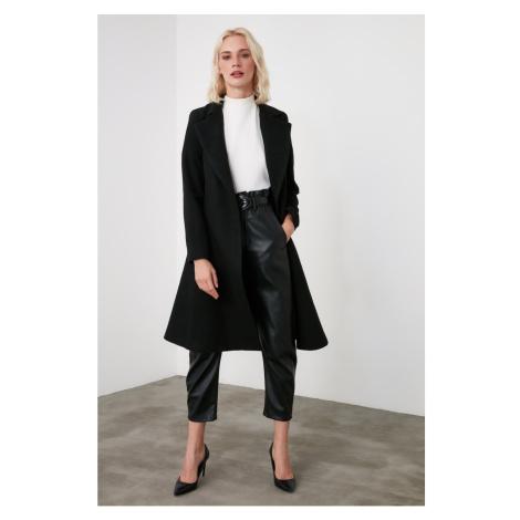 Płaszcz damski Trendyol Woolly