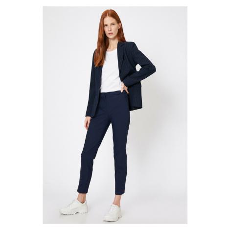 Niebieskie spodnie Koton