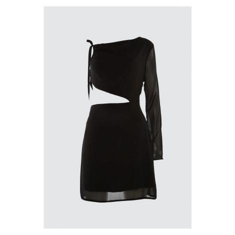 Trendyol Czarny rękaw Szczegółowa sukienka z szyfonu