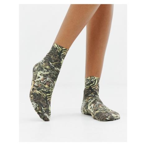 ASOS DESIGN animal in leopard print ankle socks