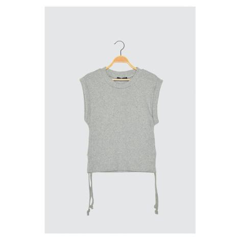 Trendyol Grey Pucker Szczegółowe dzianinowe bluzki
