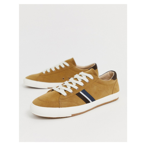 Pull&Bear trainers with side stripe in tan Pull & Bear