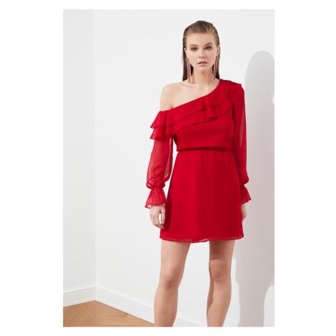 Suknia z szyfonu Trendyol Red Flywheel
