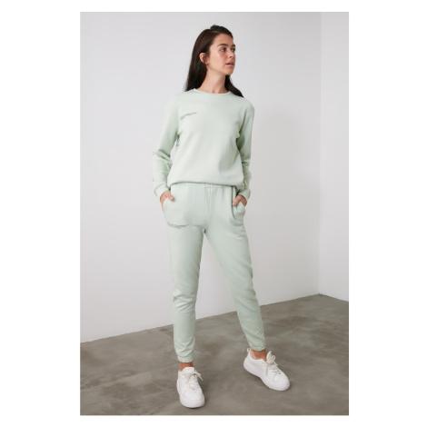 Spodnie dresowe damskie Trendyol Printed