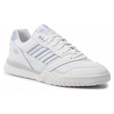 Buty adidas - A.R. Trainer W G27715 Ftwwht/Periwi/Clowhi