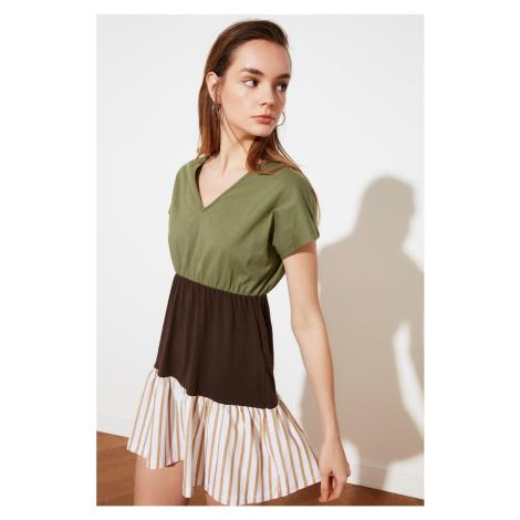 Trendyol Khaki Kolor Blok Dzianinowa sukienka