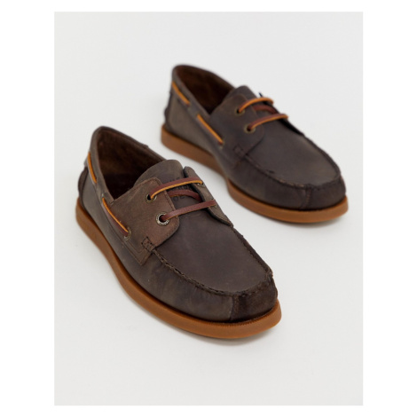 Superdry leather boat shoes in tan