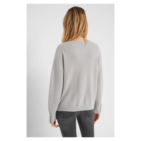 Prążkowany sweter z guzikami Orsay