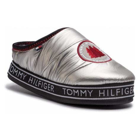 Kapcie TOMMY HILFIGER - Downslipper Patch FW0FW04182 Silver 000