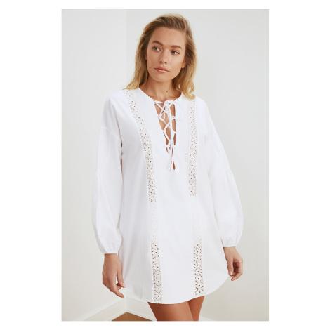 Trendyol Ecru Strip Szczegółowe Poplin Beach Dress