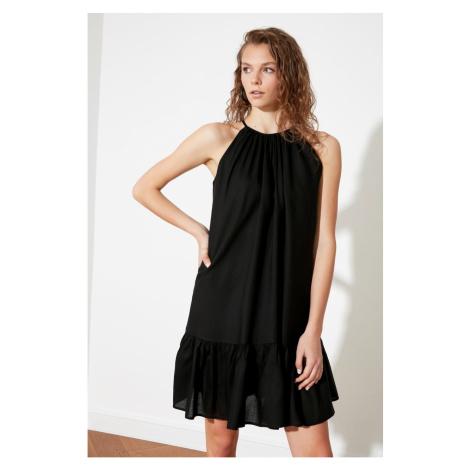 Suknia na szyję Trendyol Black Halter