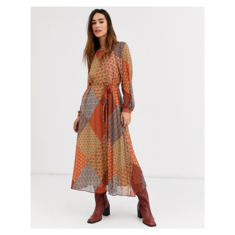 Warehouse midaxi dress in scarf print