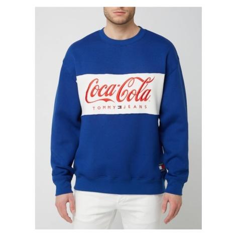 Bluza z haftem Tommy Jeans x Coca Cola® Tommy Hilfiger