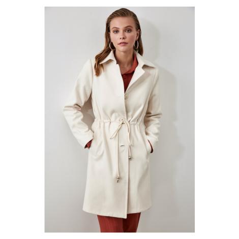 Płaszcz damski Trendyol Button