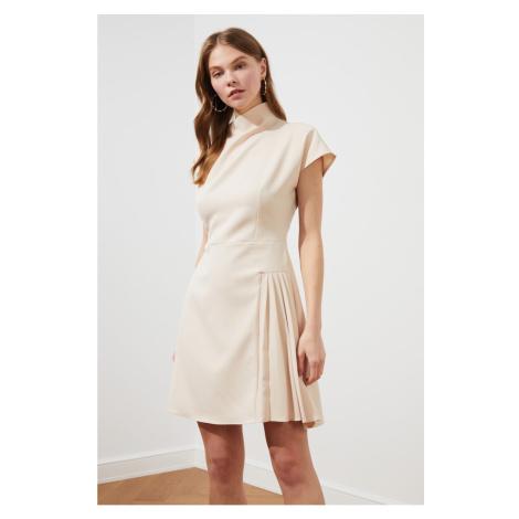 Damskie sukienki Trendyol
