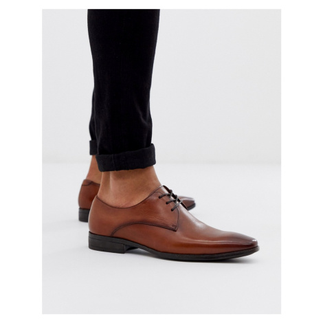Office marco derby in tan leather